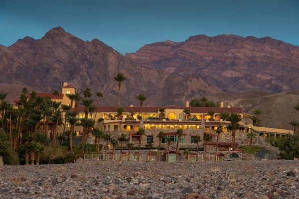 Where to Stay in Death Valley: Inn at Furnace Creek